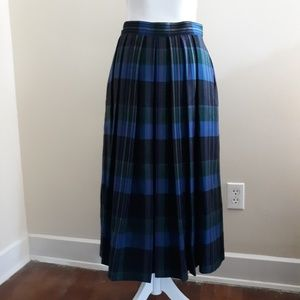 Vintage made in England wool plaid skirt